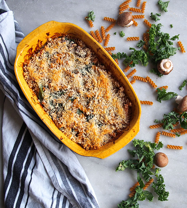 Skinny Mac and Cheese with Kale and Mushrooms | the Worktop