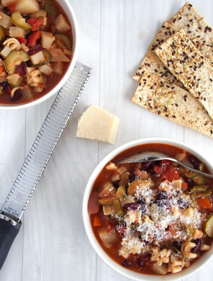 Farmbox Minestrone with Kolhrabi |theWorktop.com