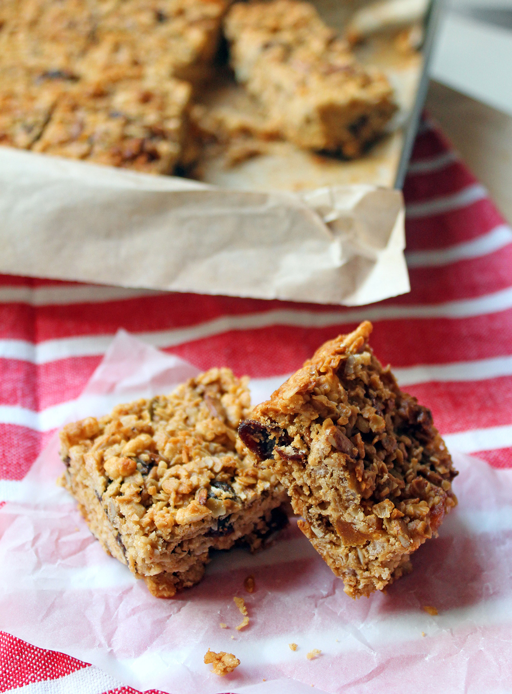 Peanut Butter Granola Bars with Honey | The Worktop