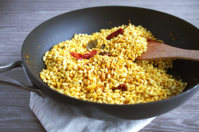 Murmura Spicy Puffed Rice - Borugulu
