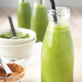Coconut Matcha Smoothie | The Worktop