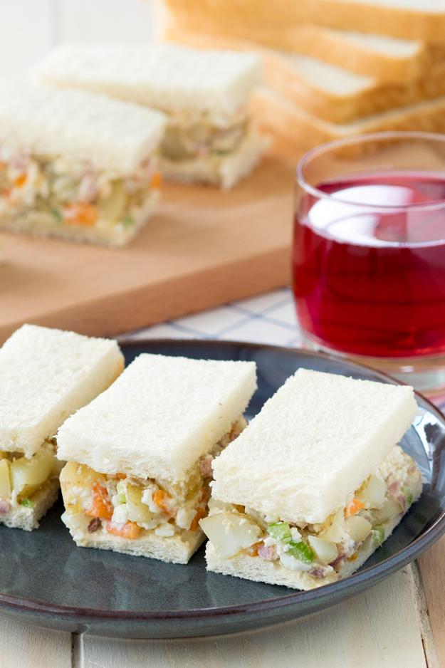 Breakfast Potato Salad Sandwich