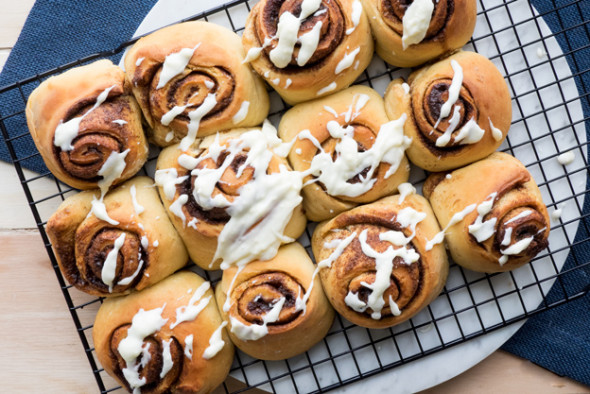 Big Puffy Cinnamon Rolls - cinnamony, soft and absolutely divine | The Worktop