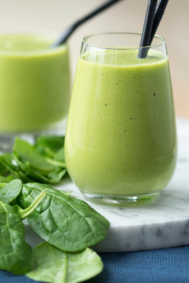 Eating A Healthy Breakfast - Green Smoothie with Spinach