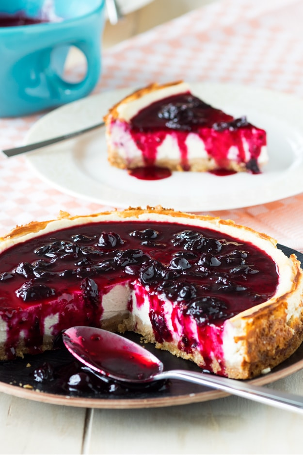 Healthy Cheesecake with Cottage Cheese and Blackcurrant Jam