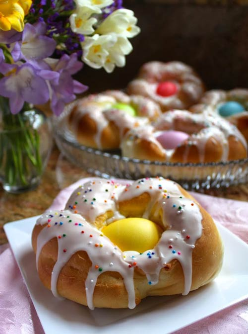 Italian Easter Bread Rings for Brunch