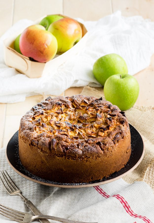 Dorset Apple Cake — A Fresh Apple Cake