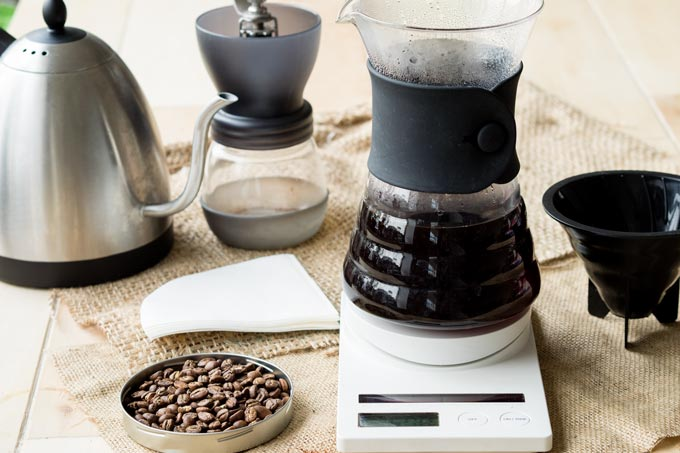 Best Pour Over Coffee Maker - Glass Hario Decanter | The Worktop