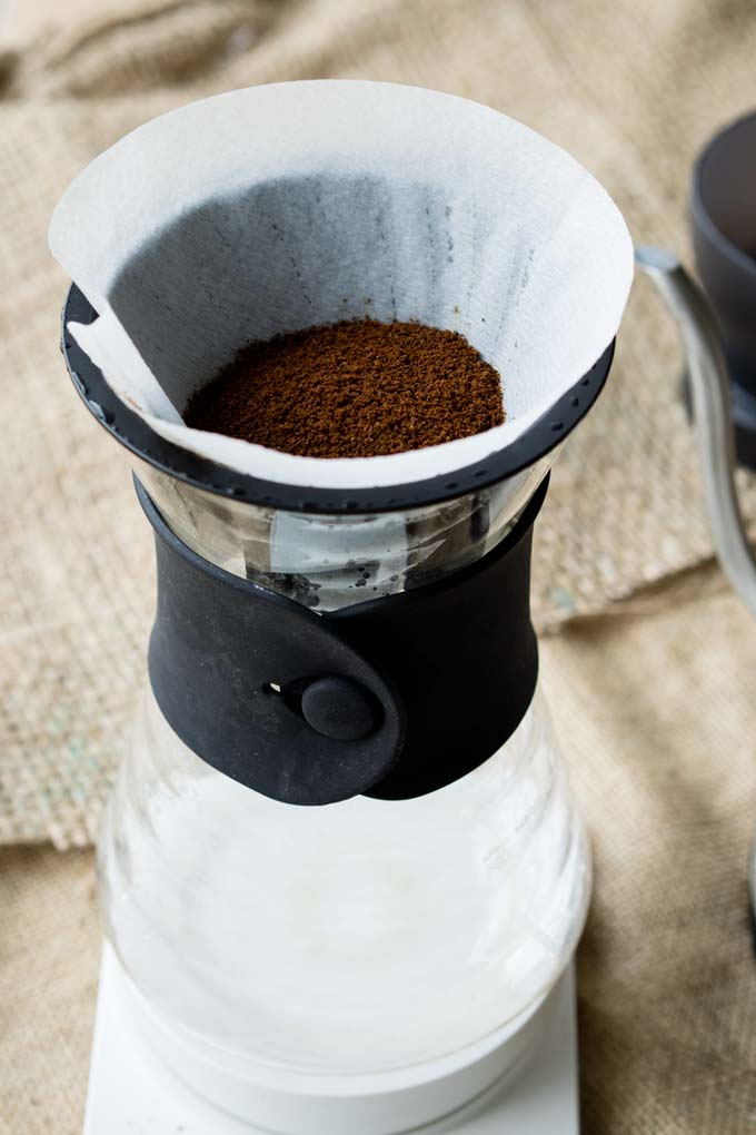 How to Make Pour Over Coffee (V60) - Brew Guide | The Worktop