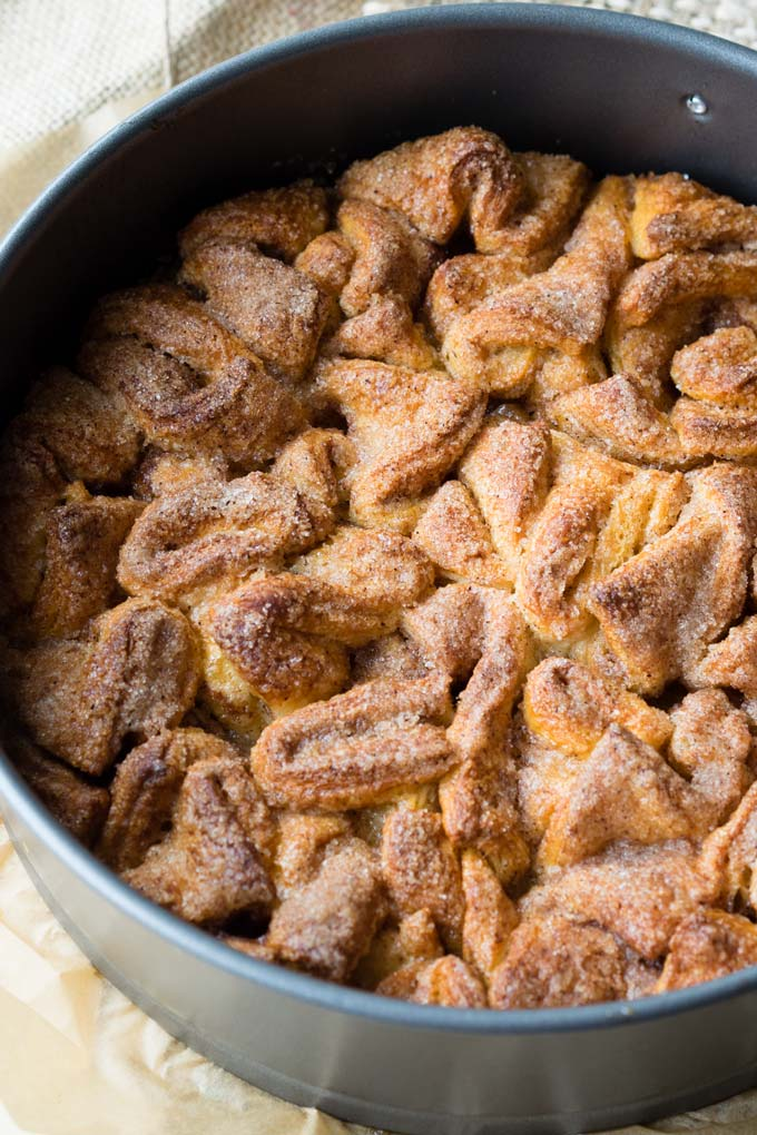 Cinnamon Sugar Pull Apart Bread - A Crescent Roll Breakfast Recipe | The Worktop