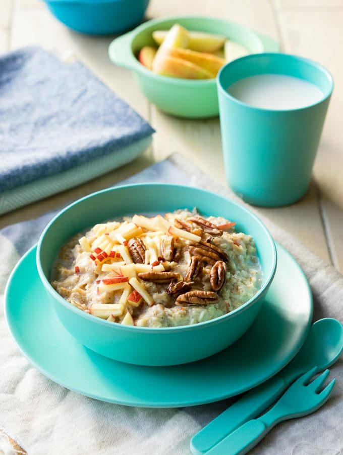 10 Healthy Porridge Toppings For The Whole Family