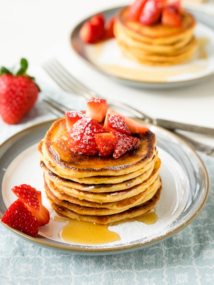 Oatmeal Cottage Cheese Pancakes | The Worktop