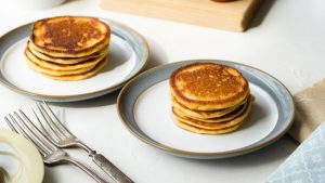 Healthy Oatmeal Cottage Cheese Pancakes Recipe | The Worktop