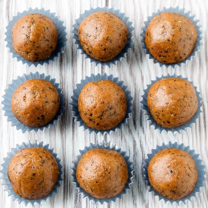 Almond Butter Paleo Energy Balls | The Worktop