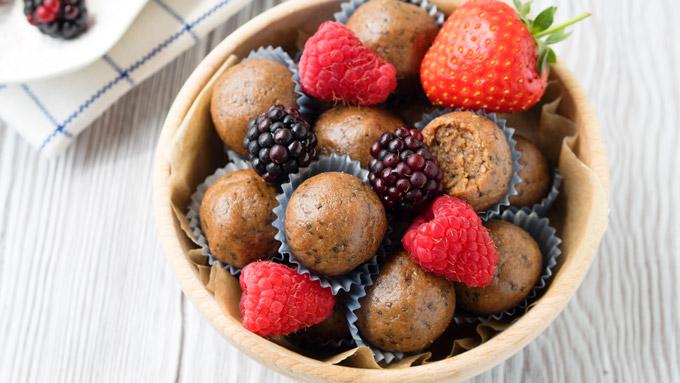 Almond Butter Snack Balls | The Worktop