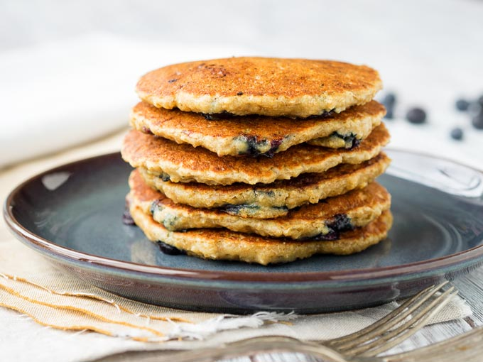 Healthy Oatmeal Pancakes - Vegan Recipe | The Worktop