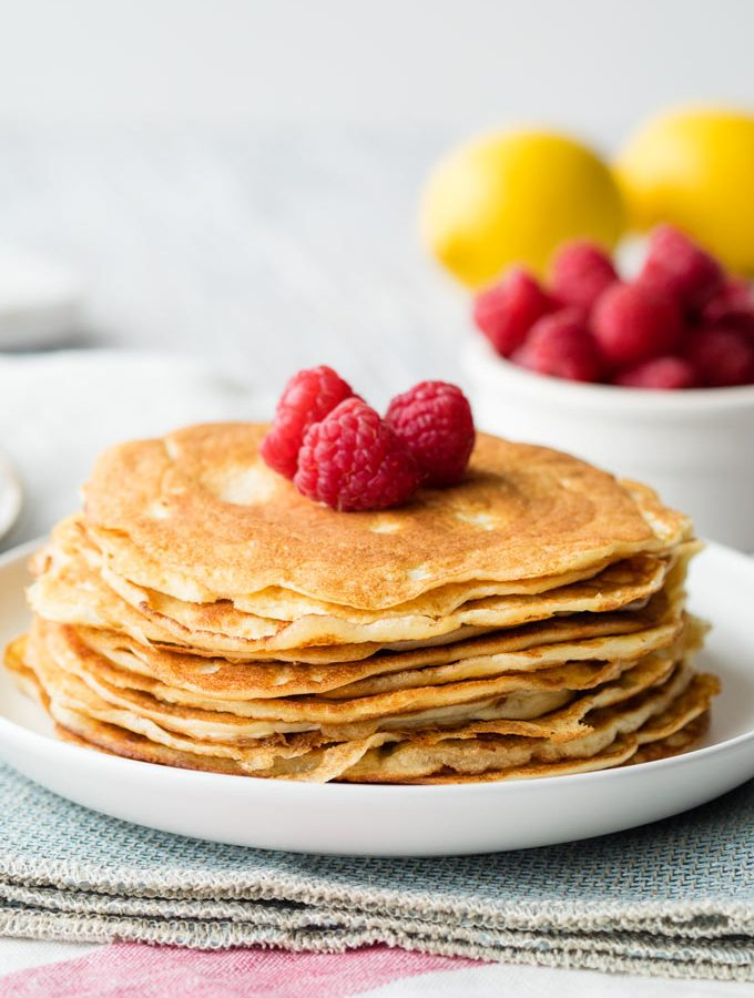 Keto Pancakes with Almond Flour and Cream Cheese | The Worktop