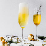Spicy Ginger Apple Champagne Cocktail | New Years Day Brunch Recipes | The Worktop