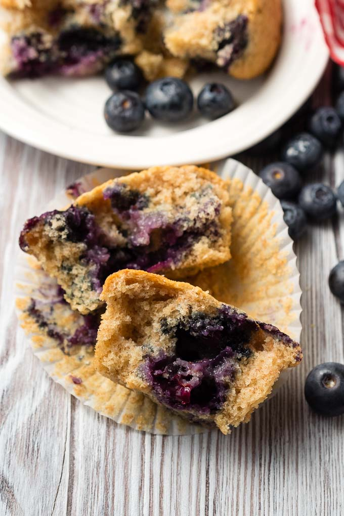 Vegan Blueberry Muffins with Applesauce | The Worktop