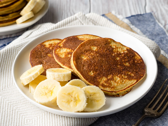 Banana Oatmeal Pancakes Gluten Free on a Plate | The Worktop