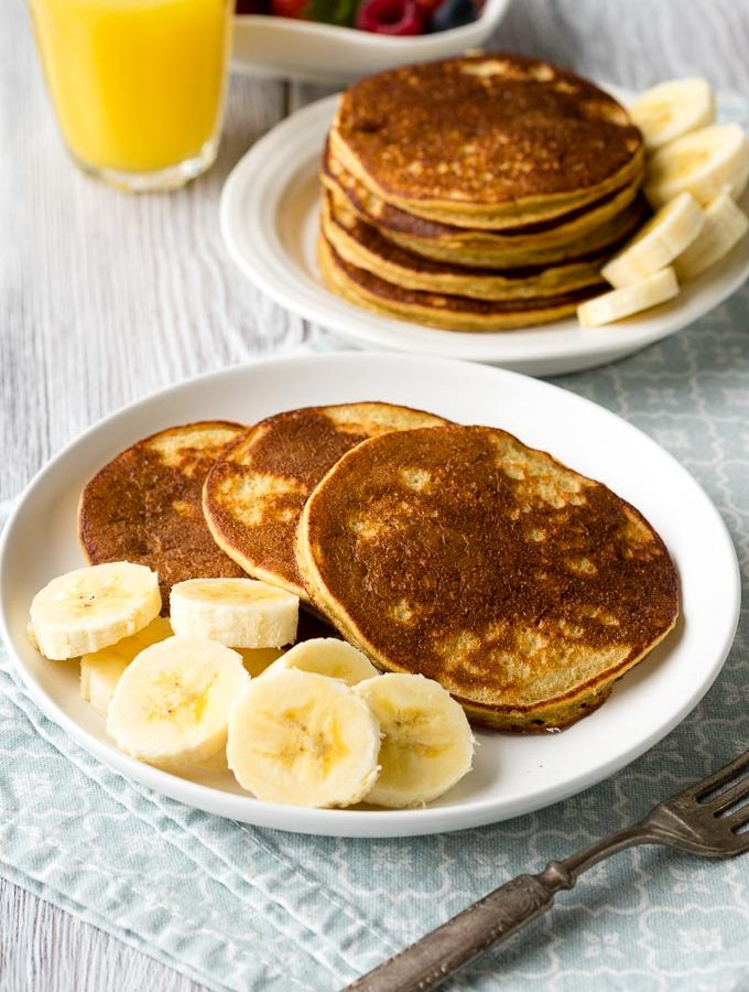 Banana Oatmeal Pancakes Recipe | The Worktop