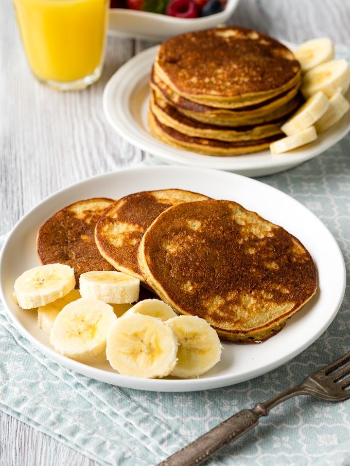 Banana Oatmeal Pancakes Recipe | The Worktop