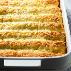 Breakfast Enchilada Casserole Baked | The Worktop