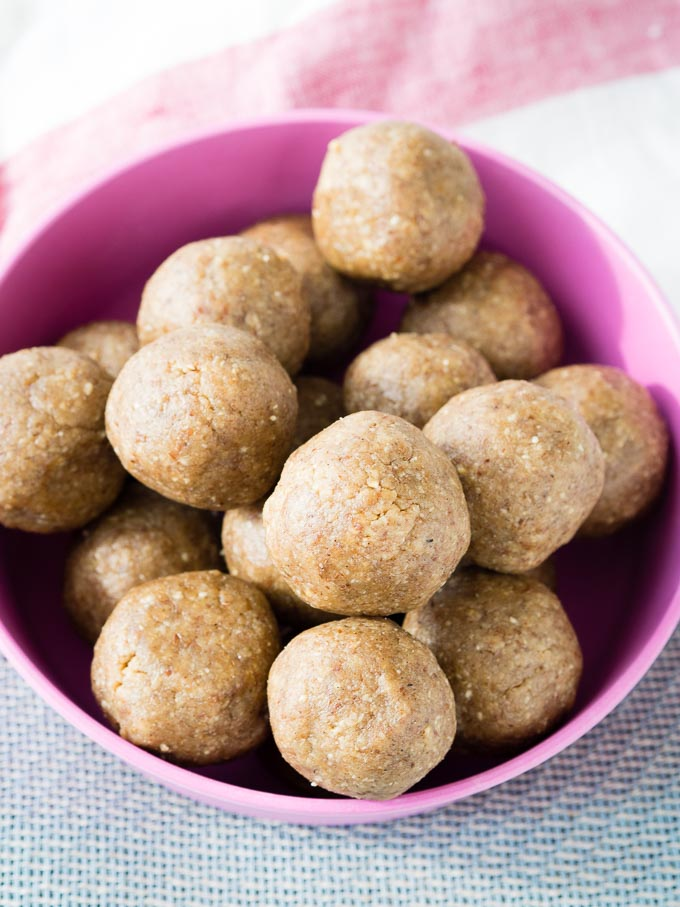Simple Peanut Butter Balls - No Bake Recipe   The Worktop