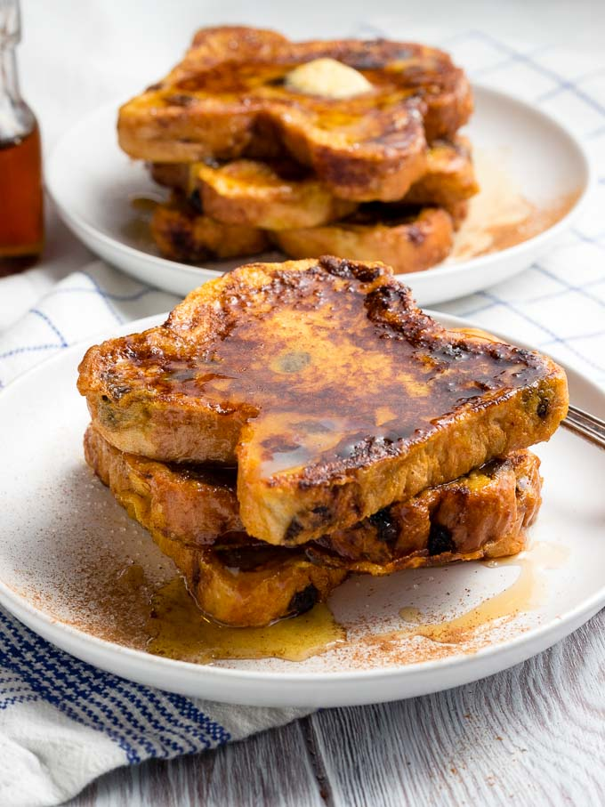 Raisin Toast French Toast - served on a plate | The Worktop