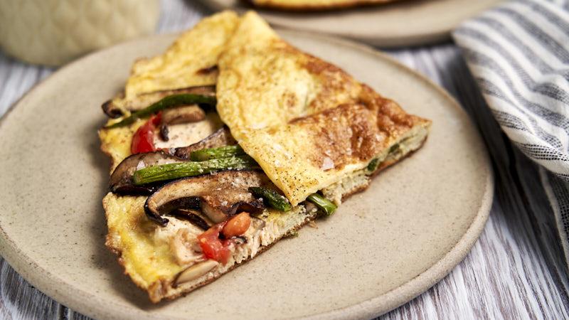 Chicken Omelette Recipe - made with leftover shredded rotisserie chicken | The Worktop